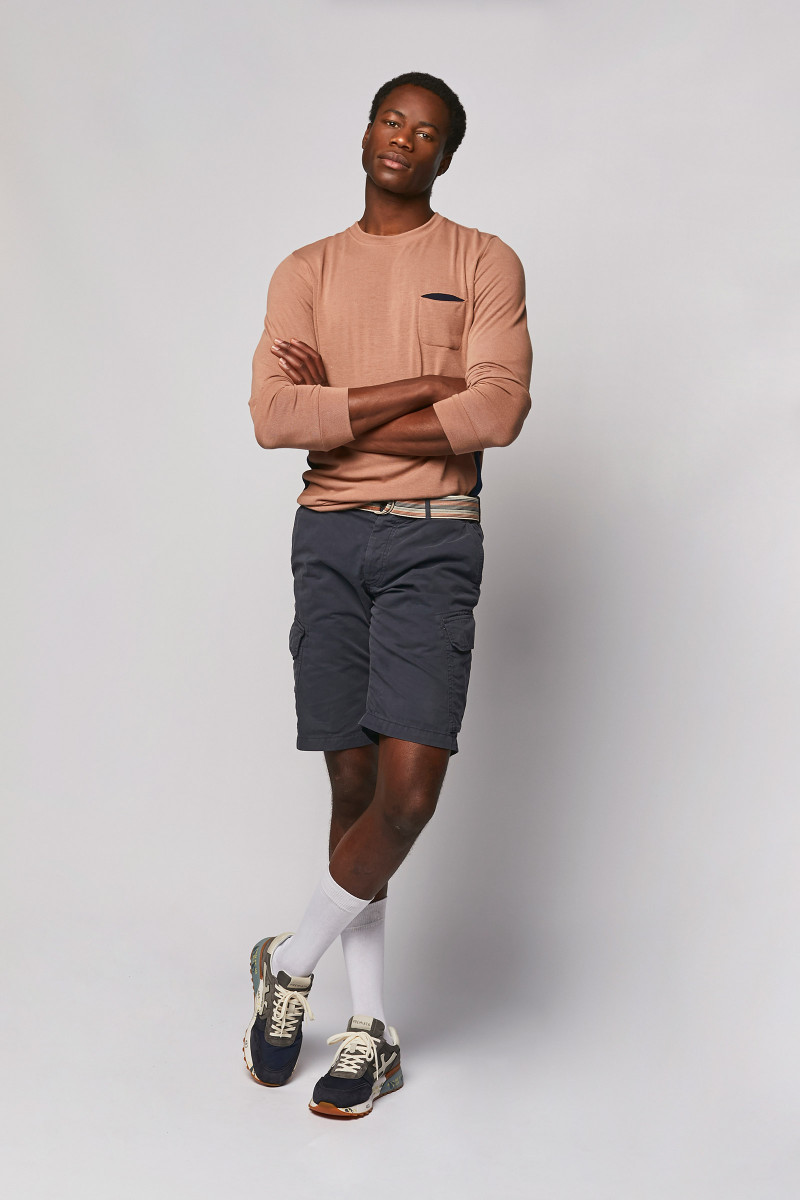 Aged Pink Pullover look