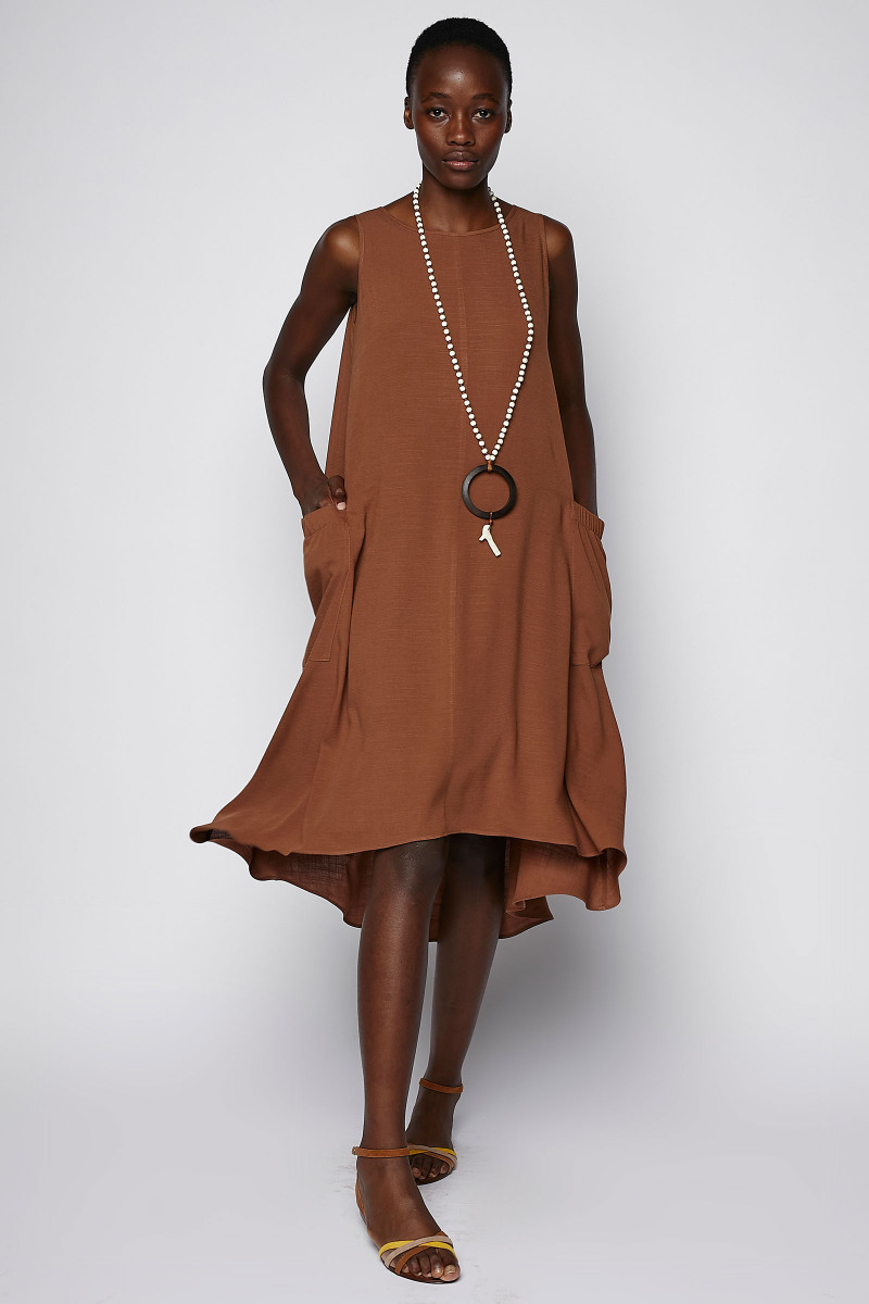 Brown Dress Side Pockets cover
