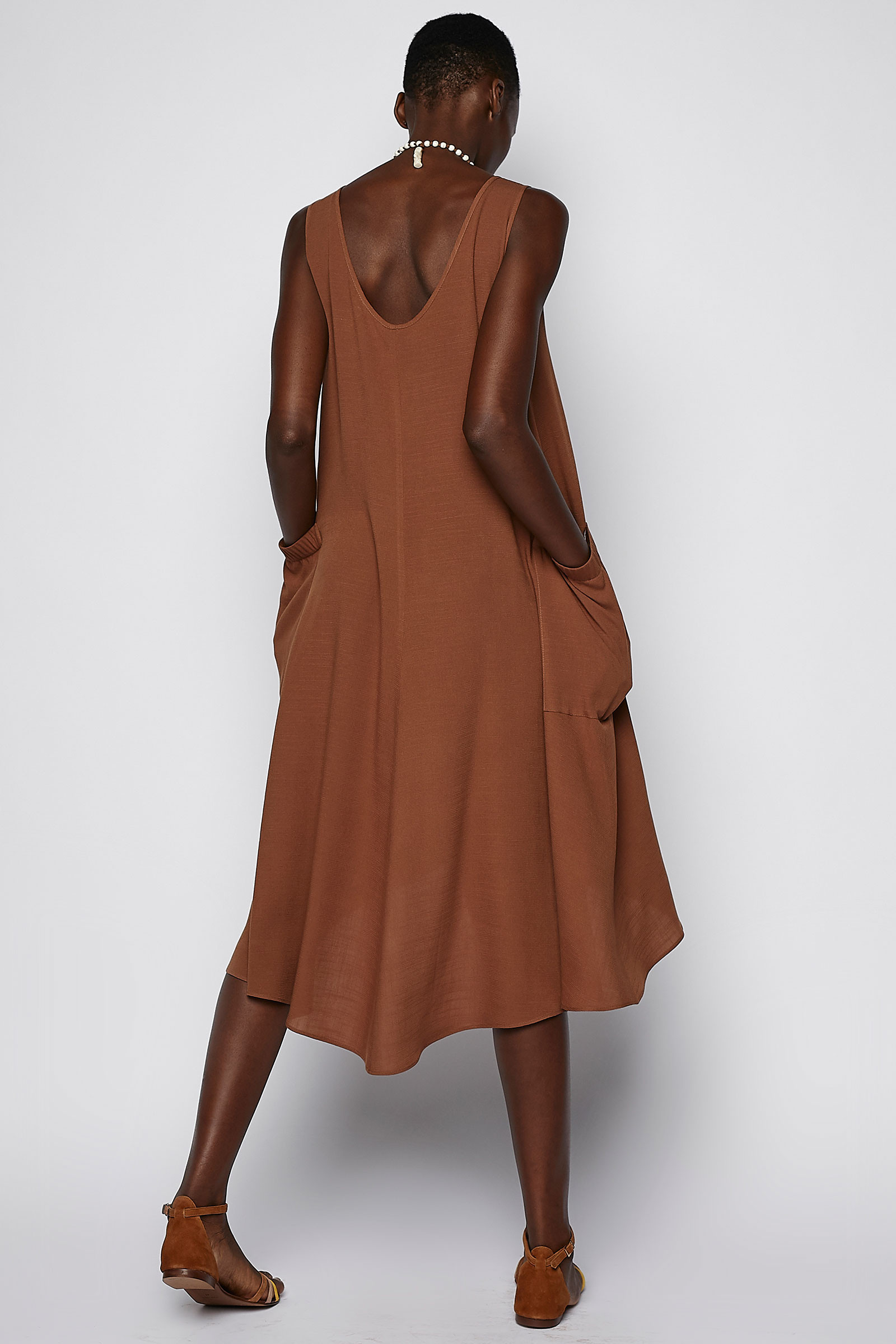 Brown Dress Side Pockets back
