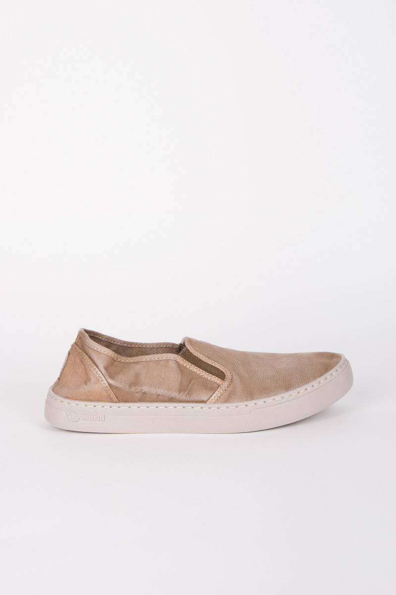 Zapatillas Slip On Beige portada