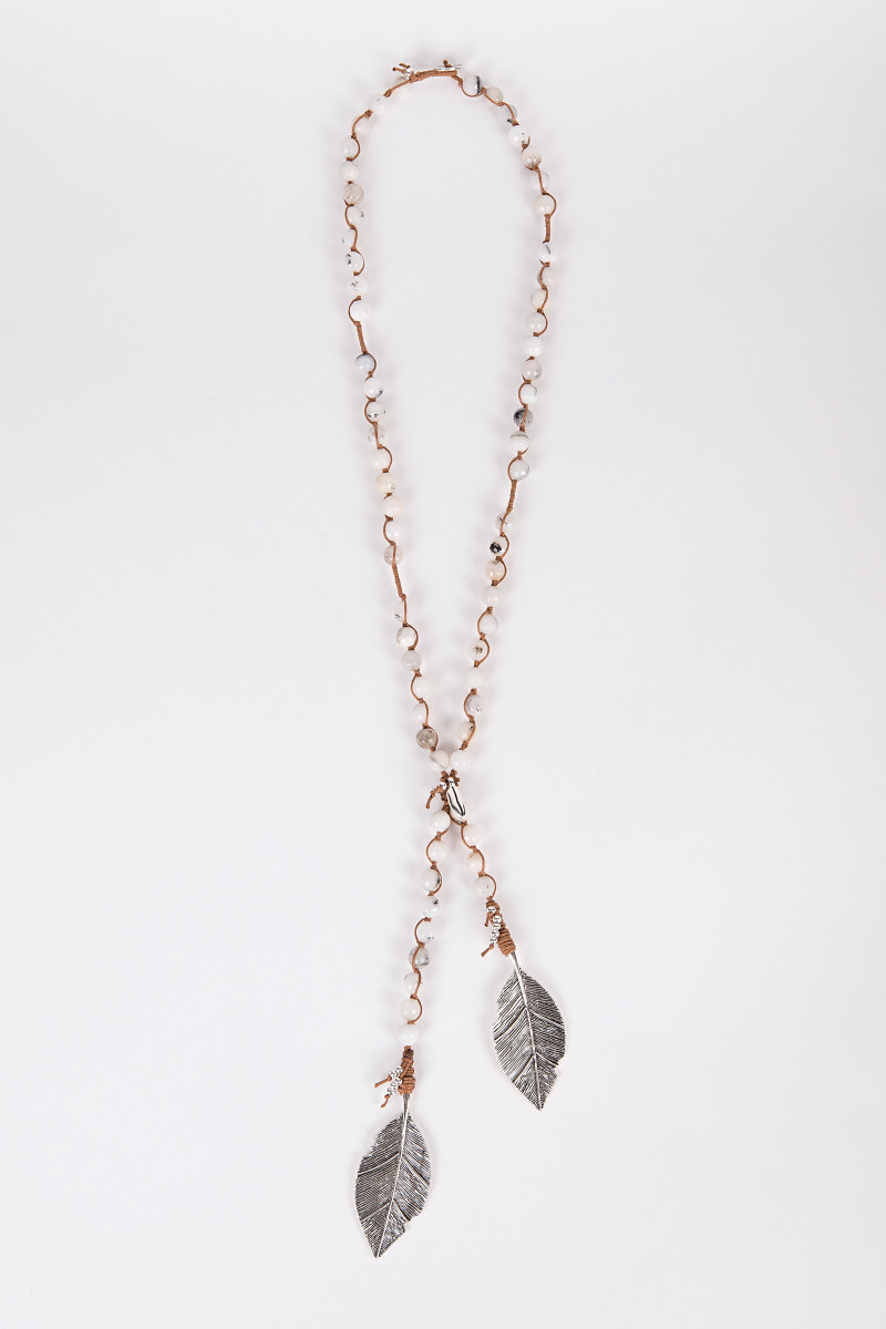 White Agates Necklace detail