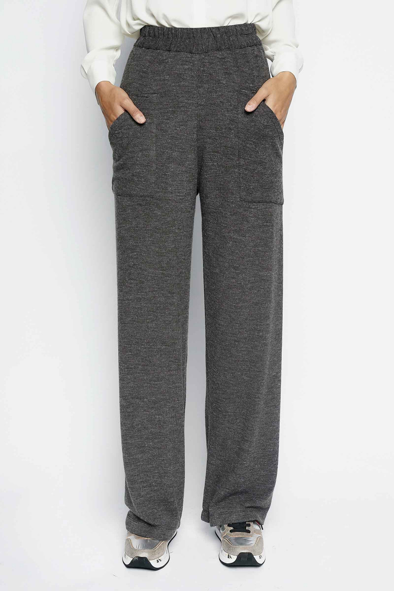 Dark Gray Grulla Pants