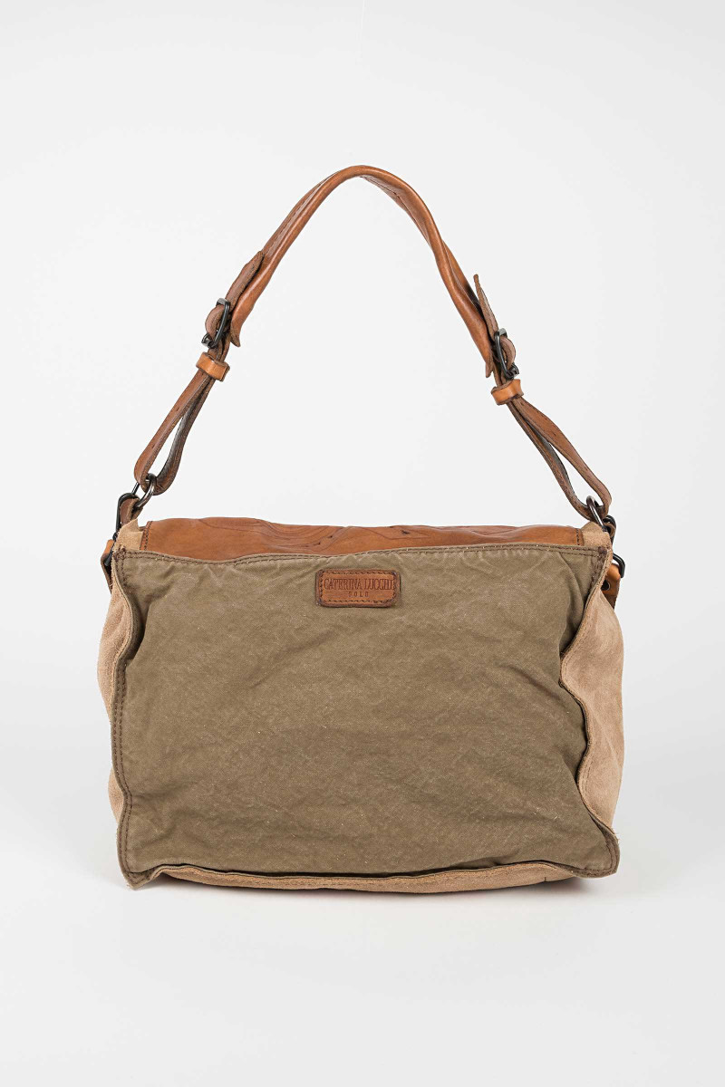 Lapel Camel Die Cut Bag