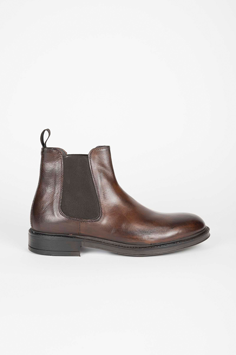 Brown Chelsea Boot Eduardo & Elisa Rivera