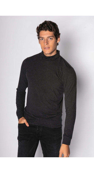 Black Long Sleeve T-shirt Eduardo & Elisa Rivera