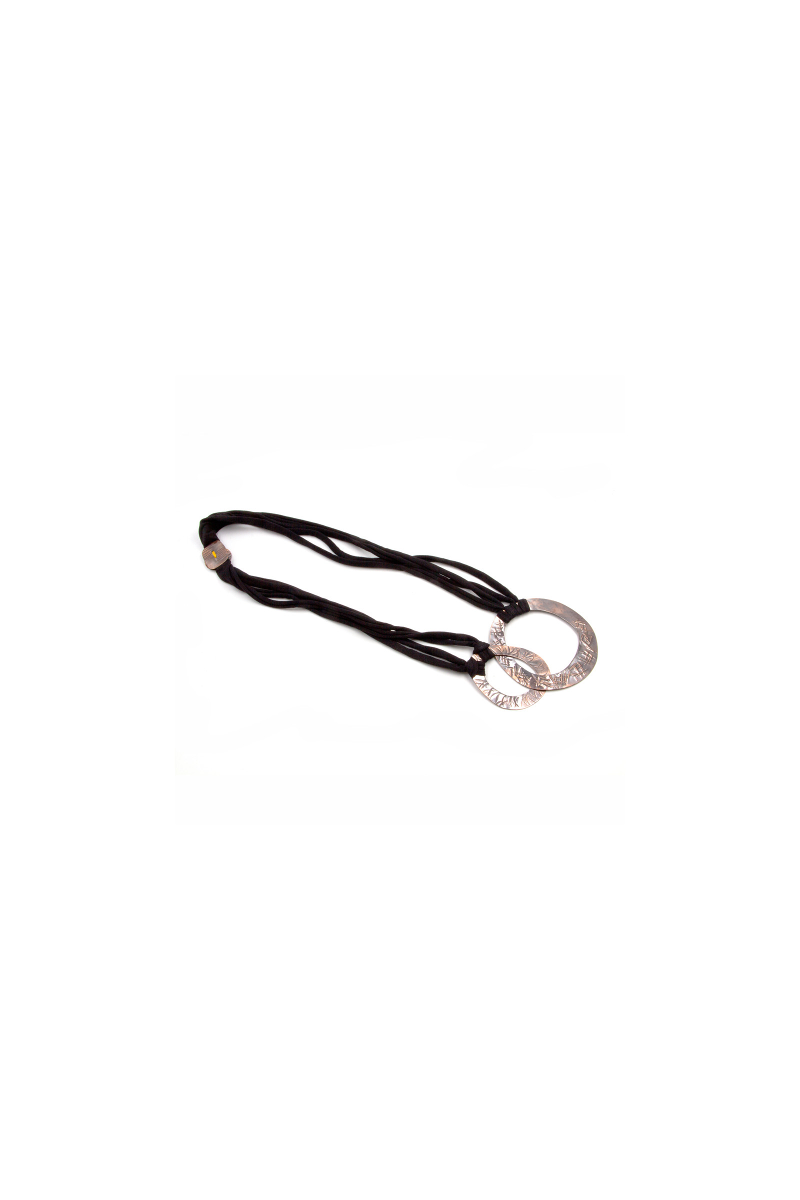 Black Washer Necklace Elisa & Eduardo Rivera