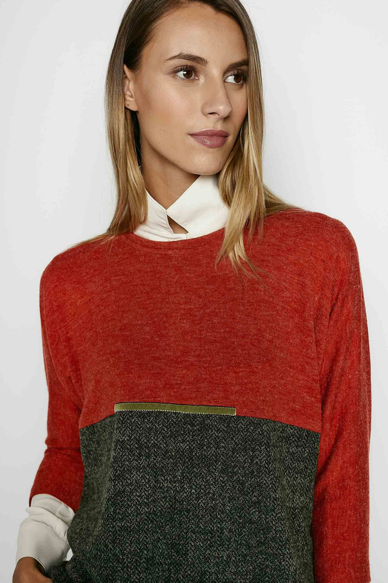 Caliope Red-Green Sweater