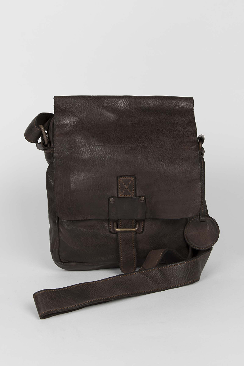 Brown Leather Shoulder Bag Eduardo & Elisa Rivera