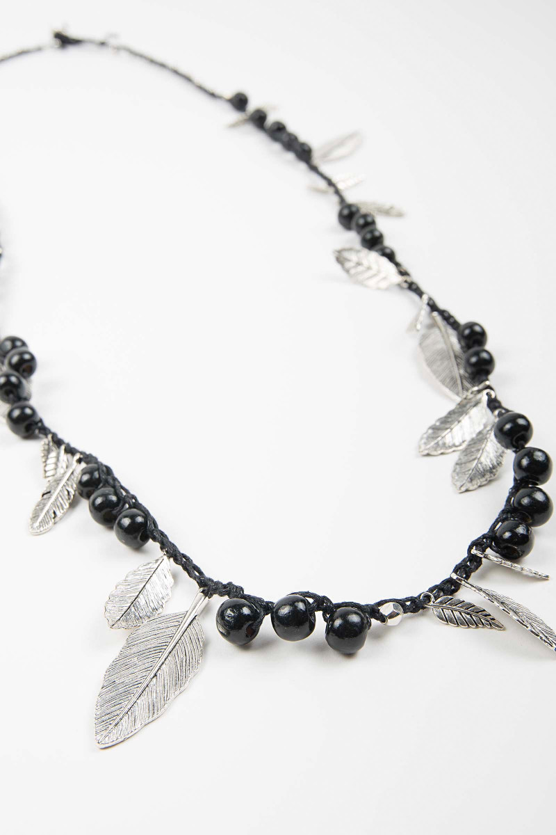 Black Awa Feathers Necklace