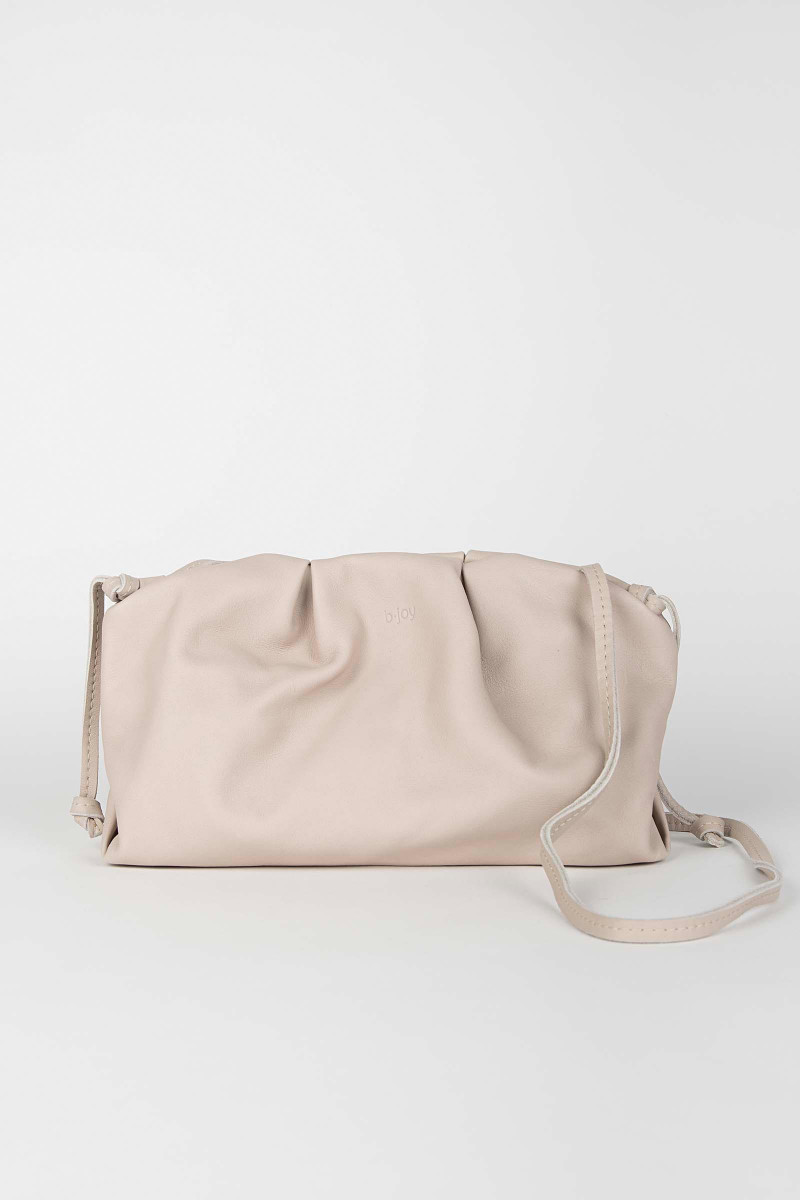 Beige Sandra Leather Clutch Elisa & Eduardo Rivera