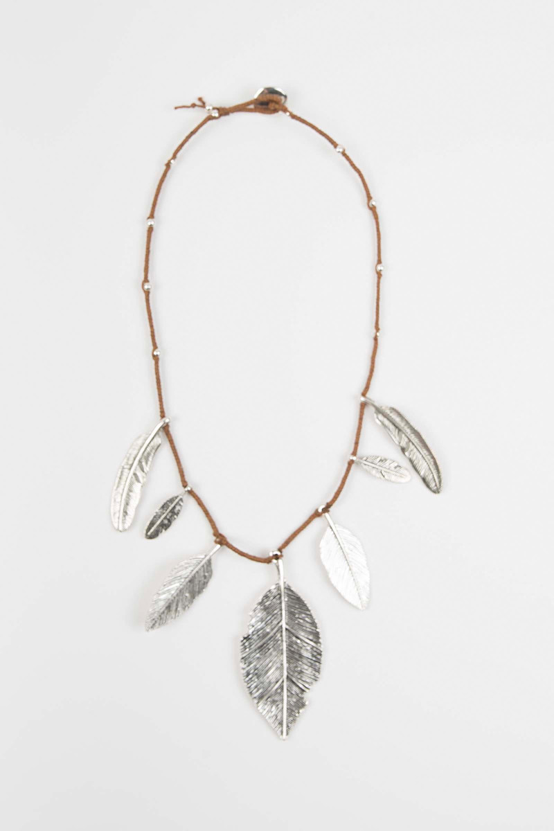 Feathers Necklace Elisa & Eduardo Rivera