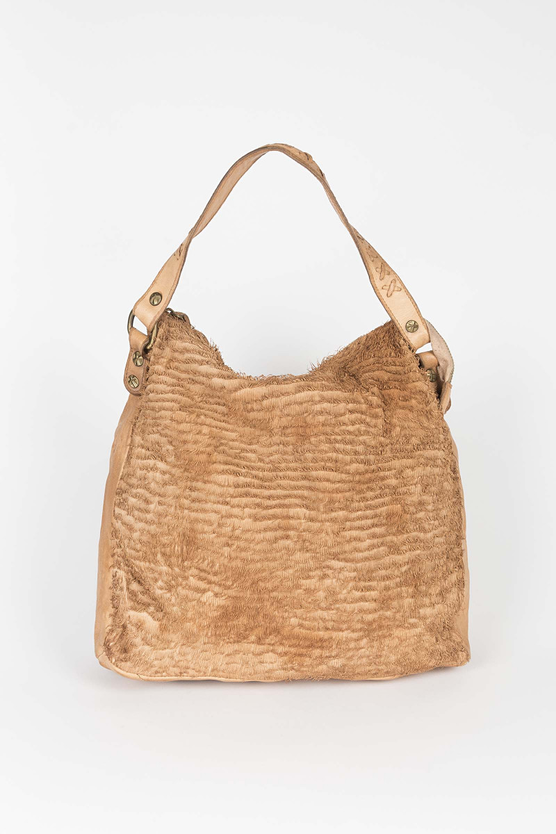 Camel Die Cut Bag Elisa Rivera