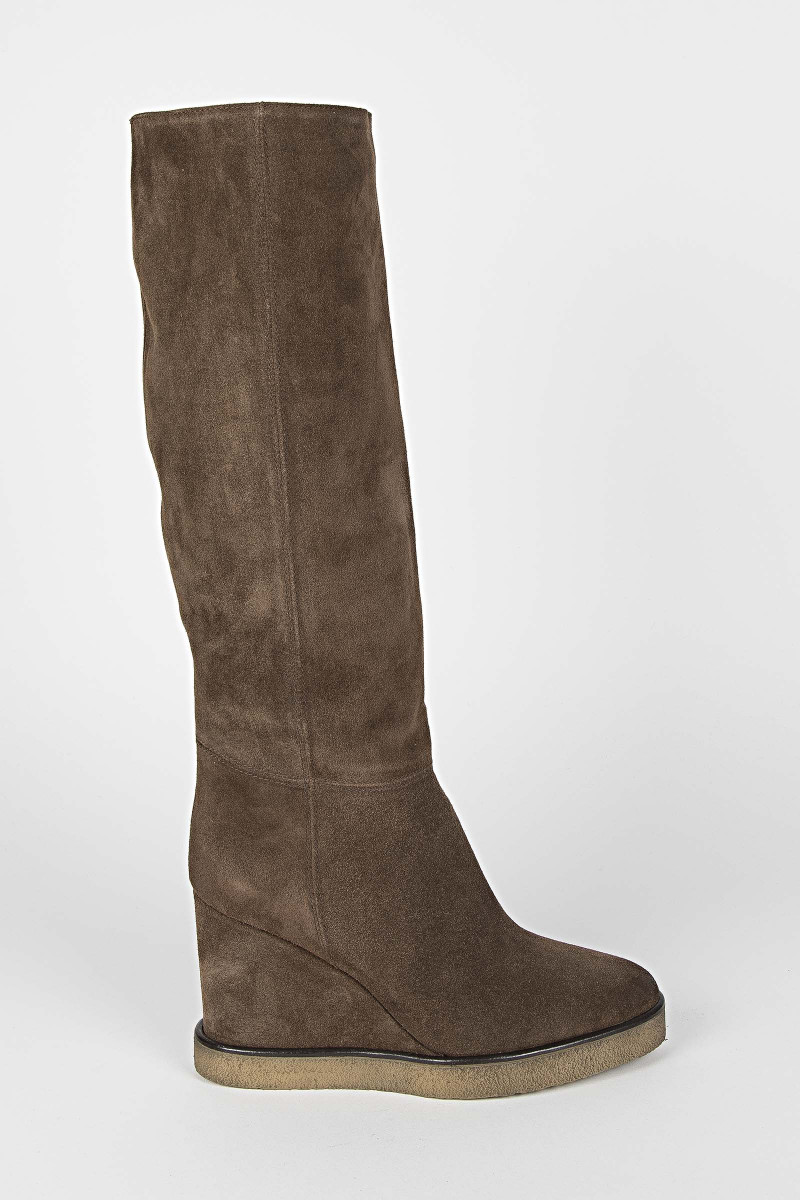 Brown Gaucho Heel Boot Elisa Rivera