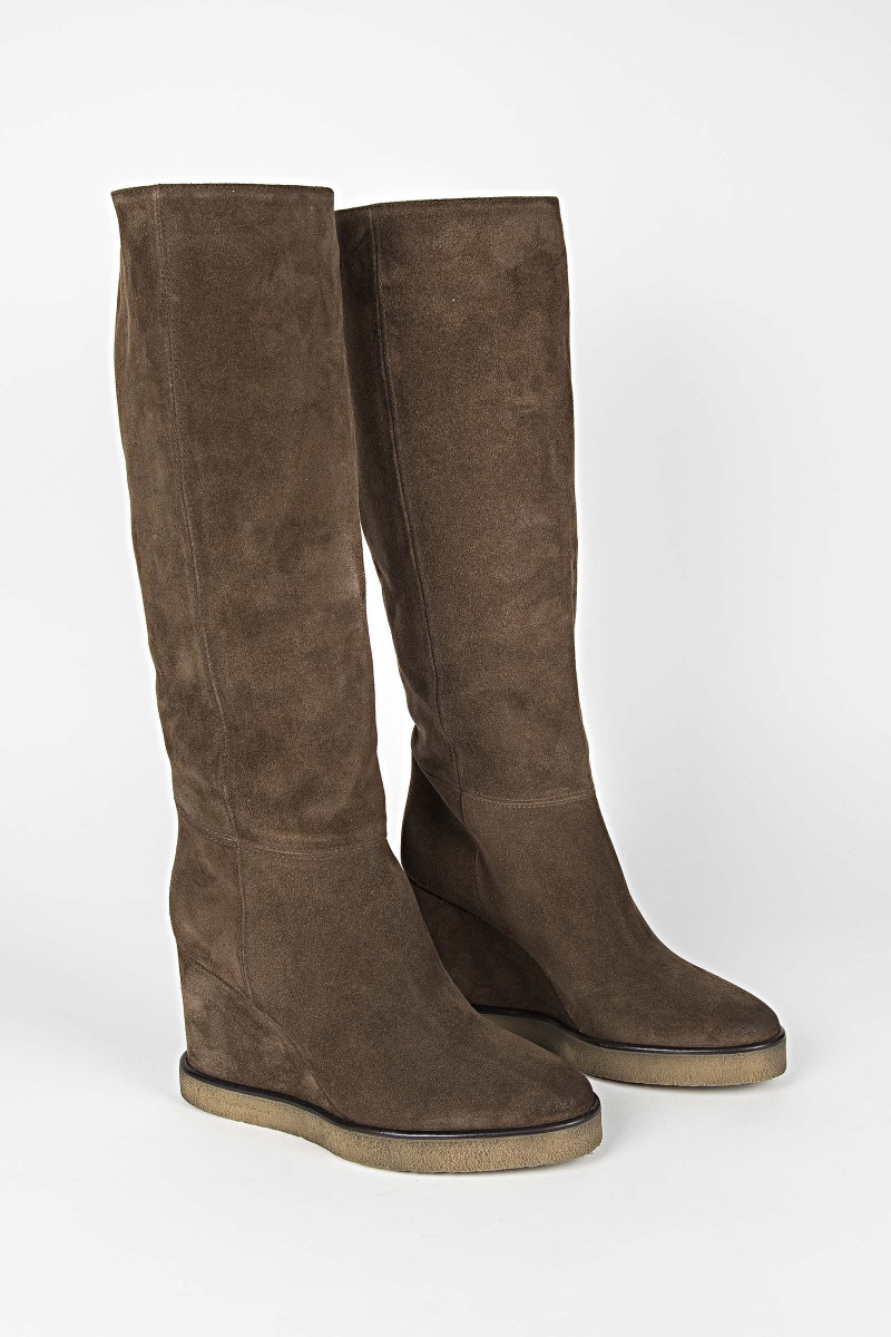 Brown Gaucho Heel Boot
