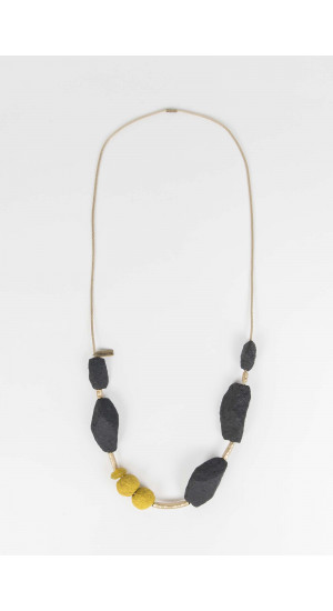 Black-Mustard Necklace Elisa Rivera