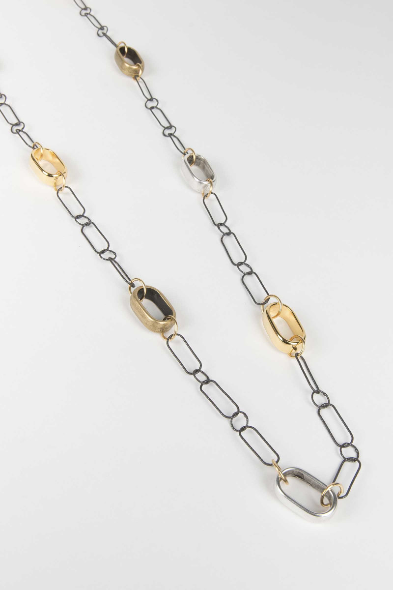 Gold-Square Metal Necklace