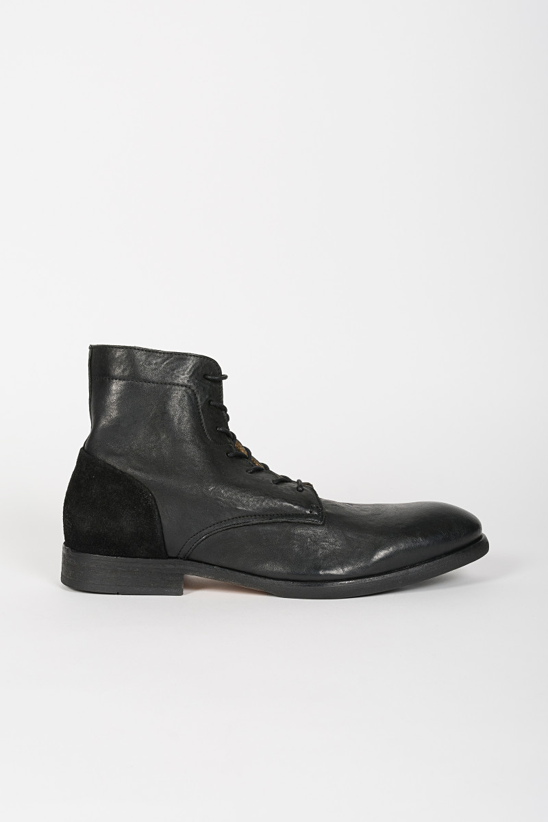 Black Ankle Boot Yoakley cover