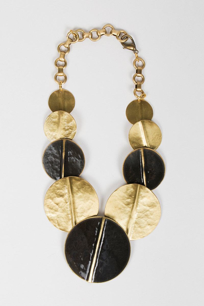 Black-Golden Spheres Necklace cover